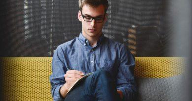 Почему студенты выбирают репетитора, а не курсы